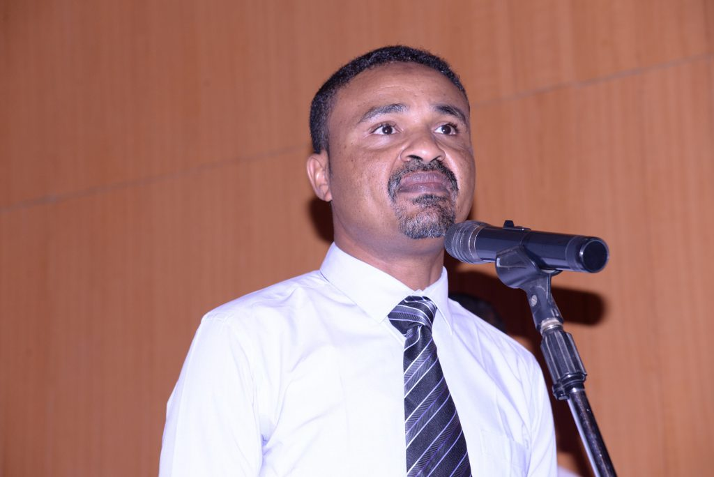 Dr. Adil Yossef